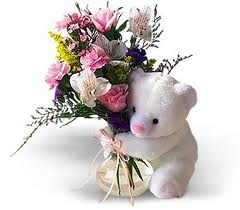 Flirty Teddy - Bouquets on www.flowerstoukraine.com